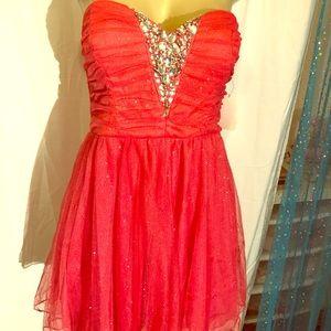 Trixxi Coral Tulle Party Dress Sz 9